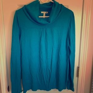 Old Navy maternity sweater in teal, size M